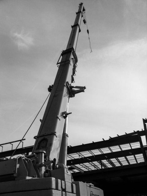 Jane - 20131022 - Liebherr mobile crane - Rochester NY B&W