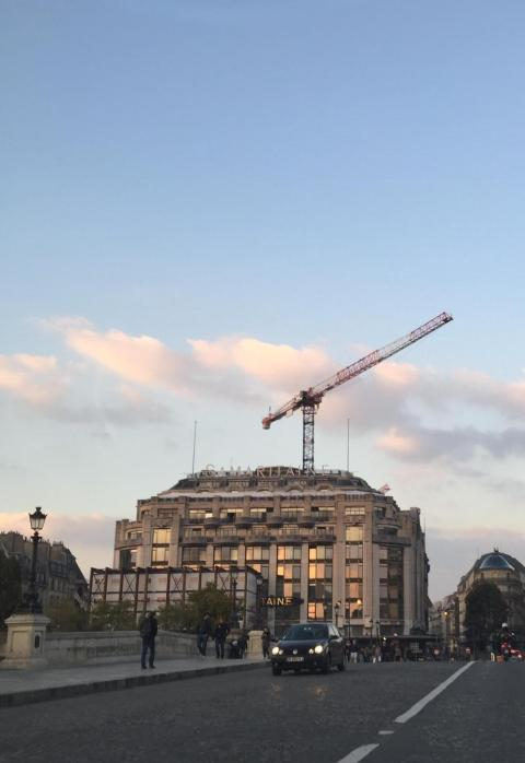 On trouve même des grues à la samaritaine