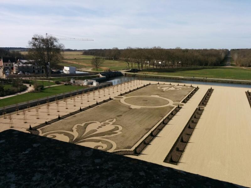 Le Jardin A La Francaise De Chambord 1000grues